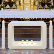 Altar02-Neuhofen.jpg